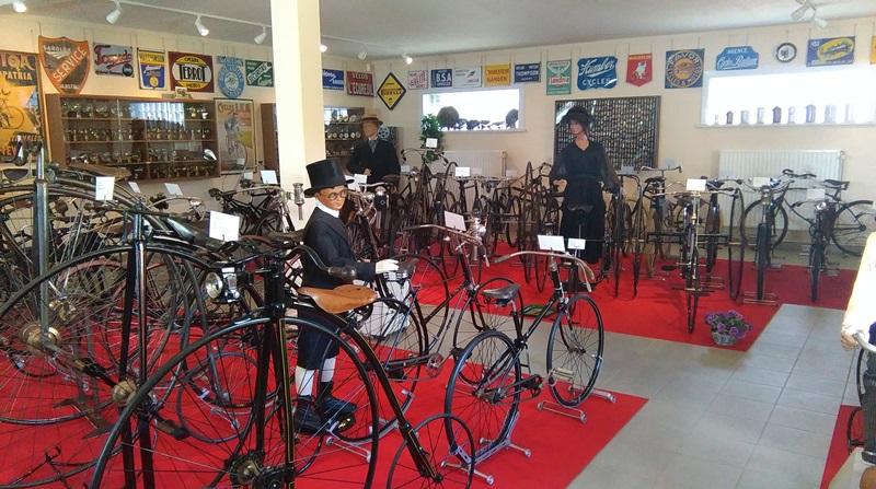 De unieke collectie van het wielermuseum de velodroom