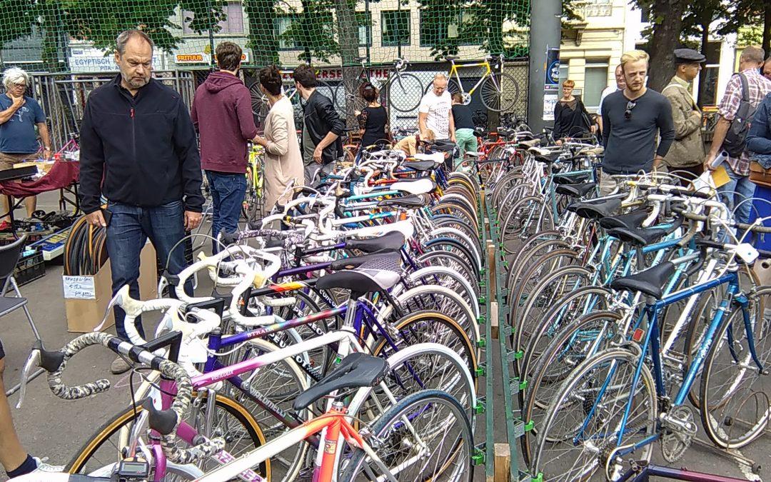 Retro fietsmarkt Bazaar Bicyclette in Antwerpen